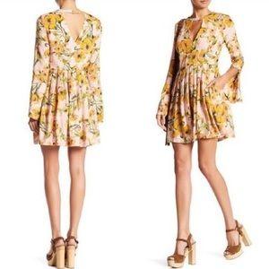 FREE PEOPLE ✌🏻 Tegan floral dress long sleeves